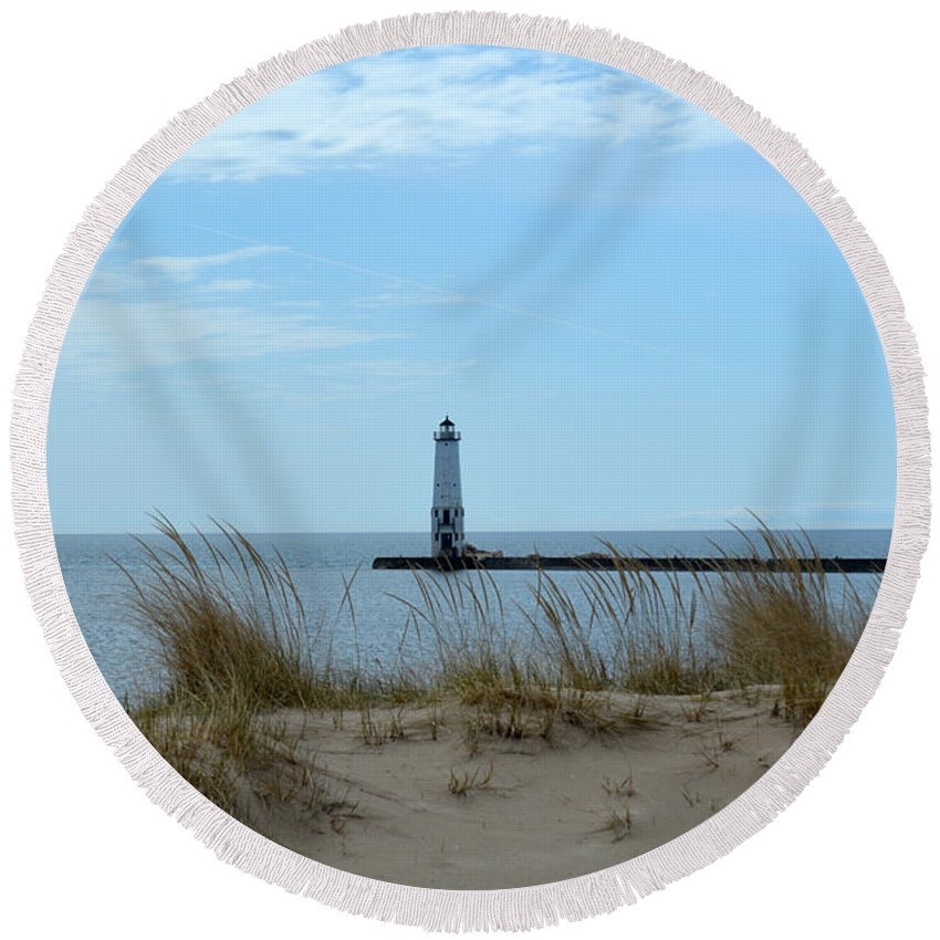 Frankfort Lighthouse Round Beach Towel featuring the photograph Beyond The Sand by Linda Kerkau