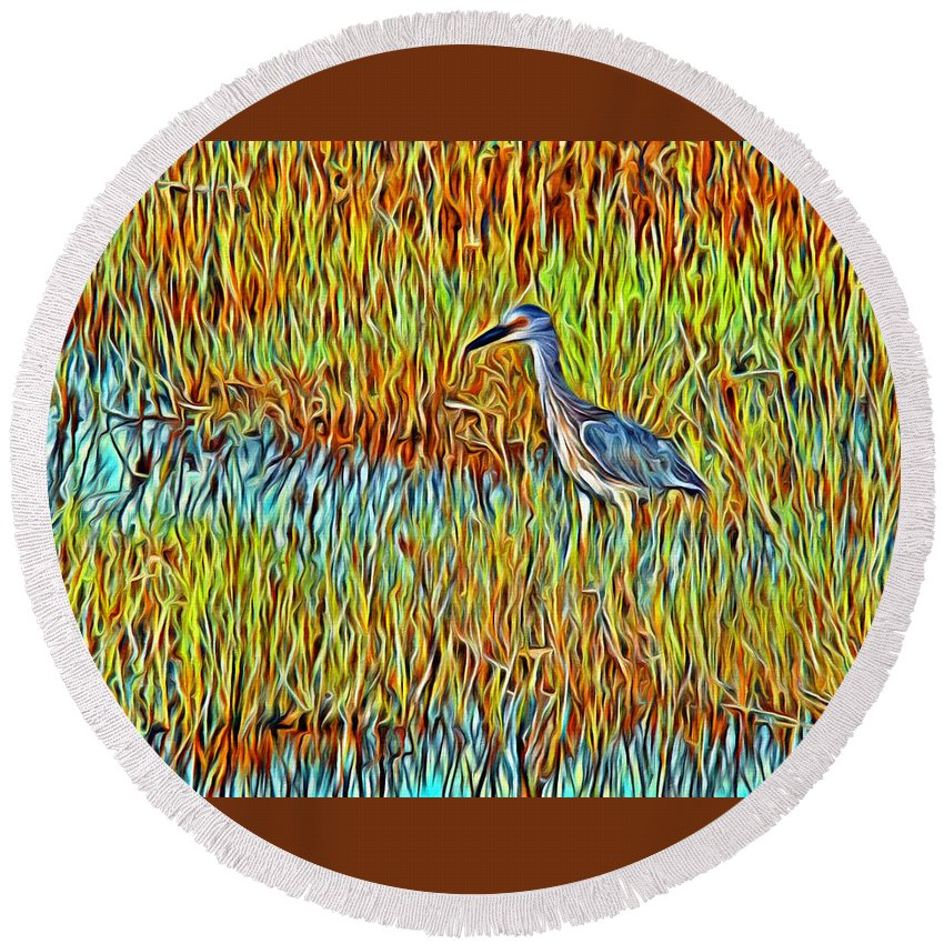 Bird Reeds Water Florida Round Beach Towel featuring the photograph Bird In The Reeds by Alice Gipson