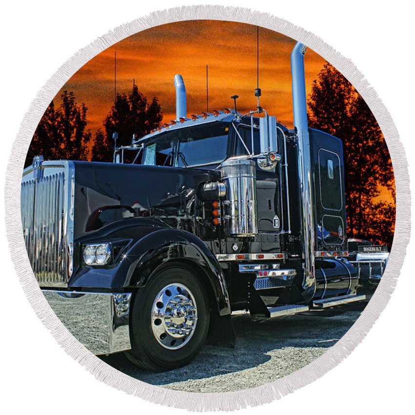 Kenworth Round Beach Towel featuring the photograph Black Kenworth by Randy Harris