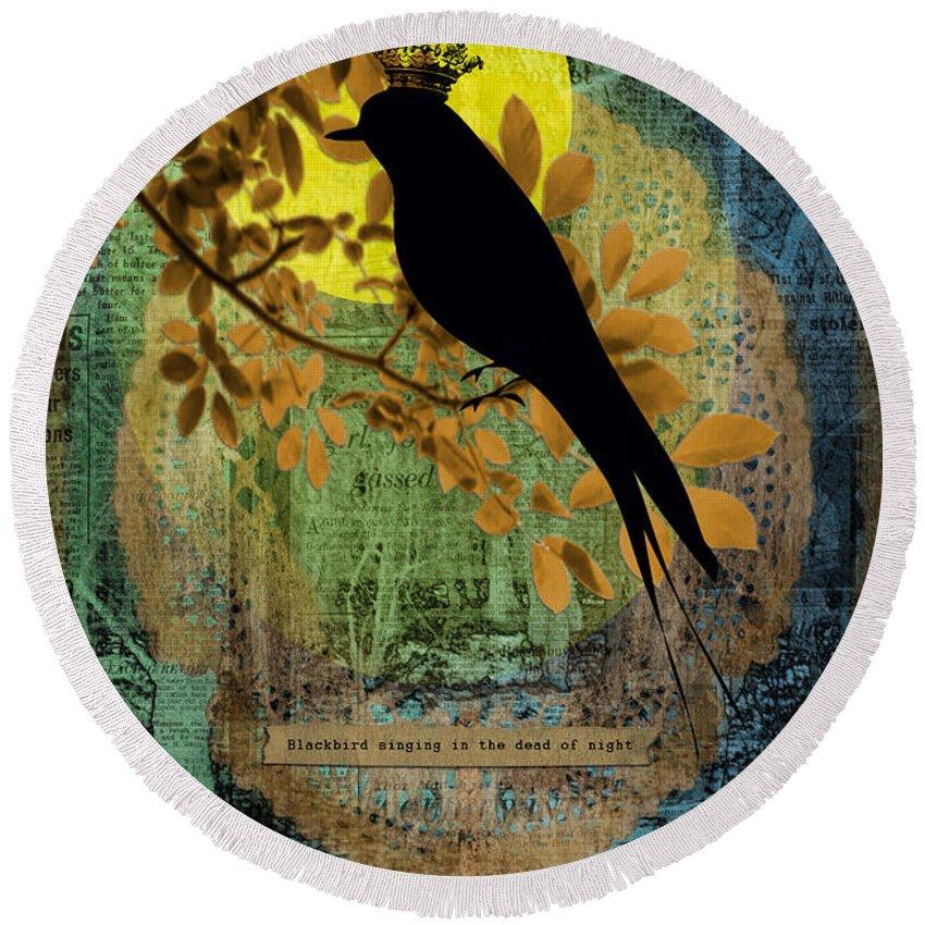 Blackbird Round Beach Towel featuring the photograph Blackbird by Gillian Singleton