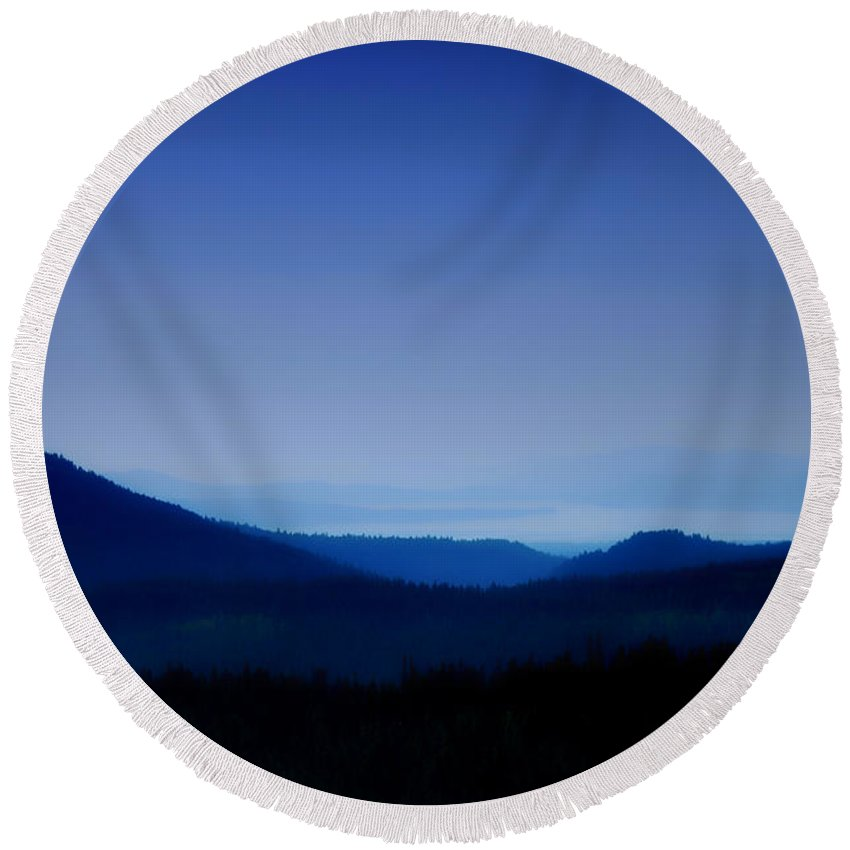 Mountains Round Beach Towel featuring the photograph Blue Horizon by Donna Blackhall