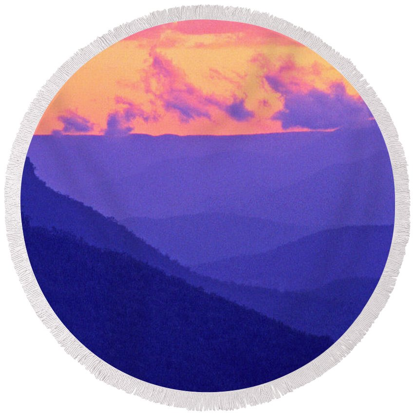 Landscape Round Beach Towel featuring the photograph Blue Mountain Afterglow by Alex Cassels