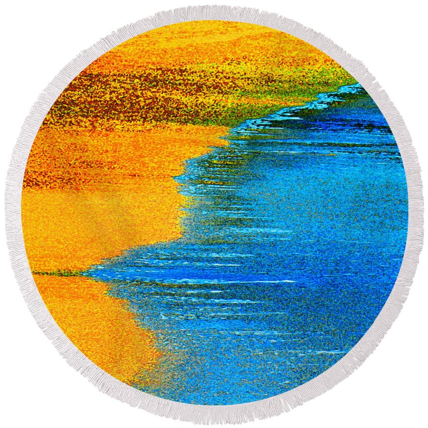 Dixie Maru Beach Round Beach Towel featuring the photograph Blue Tide by James Temple
