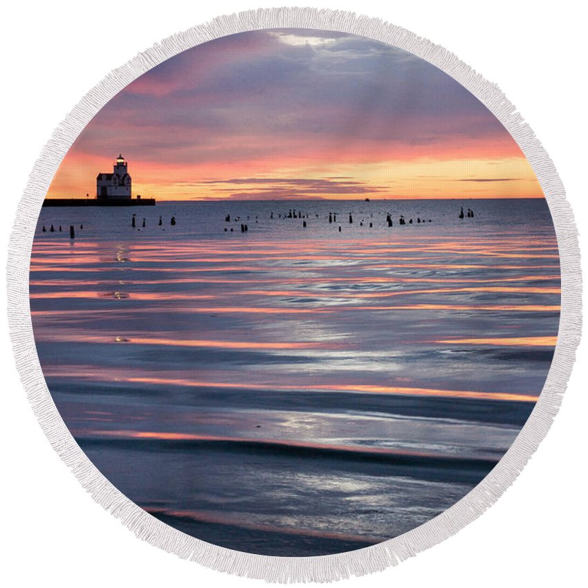 Lighthouse Round Beach Towel featuring the photograph Blue Velvet by Bill Pevlor