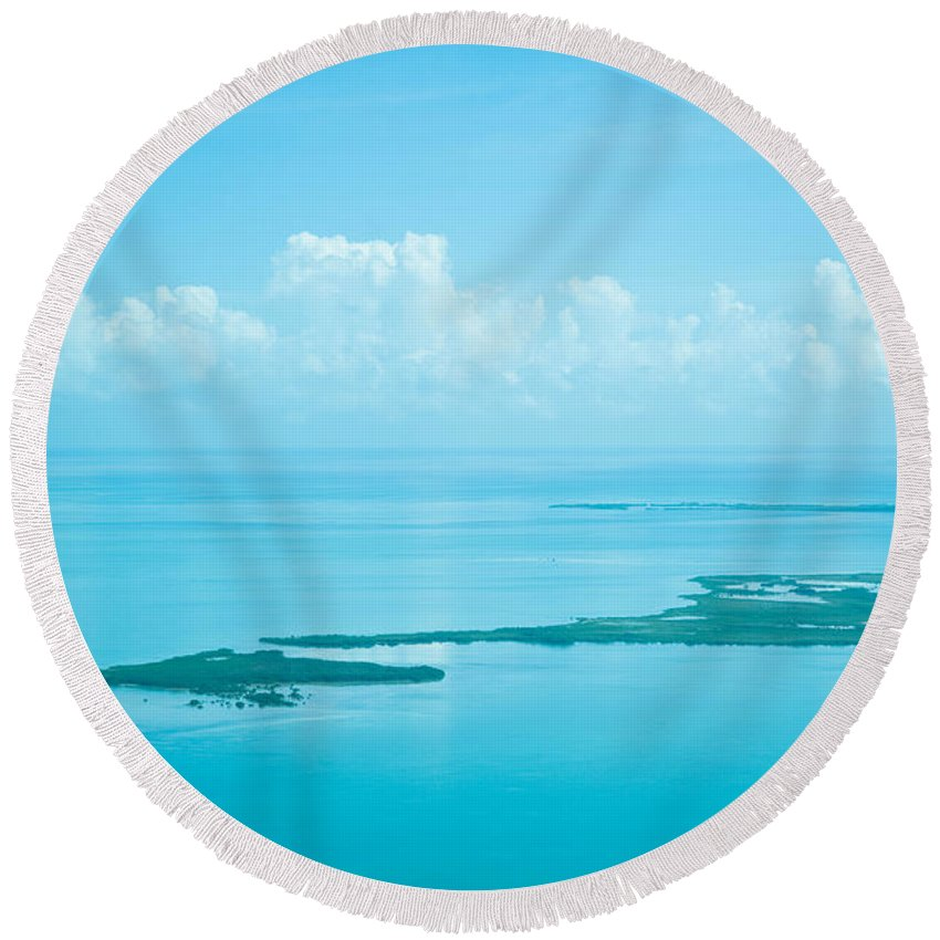 Belize Round Beach Towel featuring the photograph Blue Serenity by Zina Zinchik