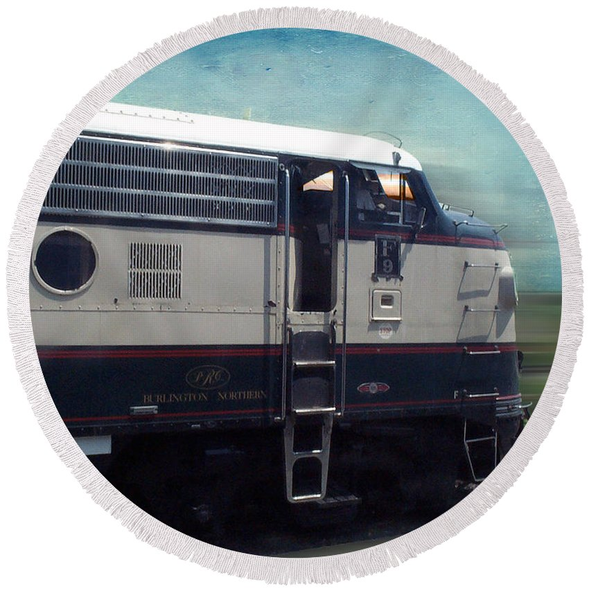 Train Engine Round Beach Towel featuring the mixed media Bn F9 Train Engine Textured by Thomas Woolworth