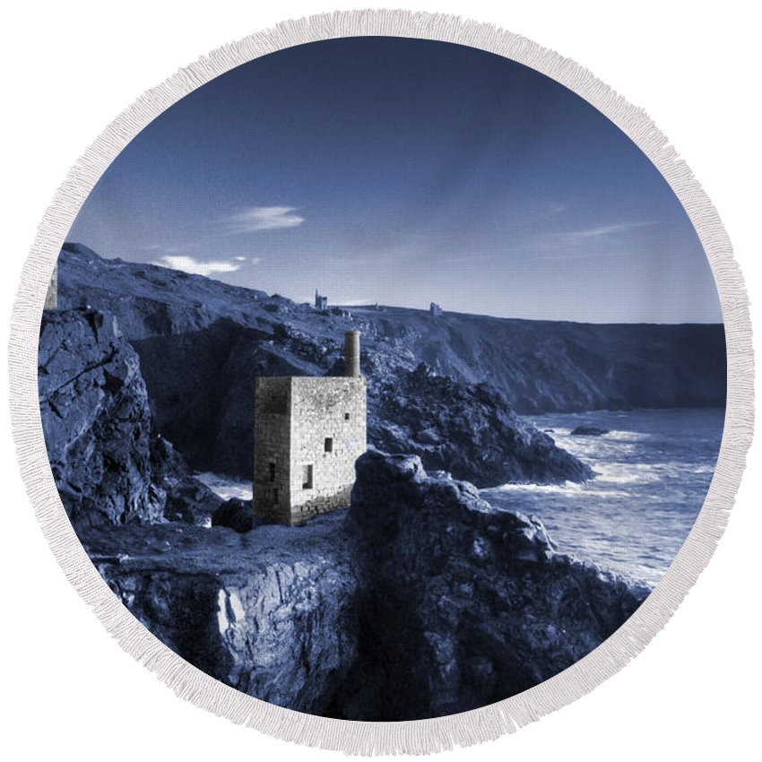 Bottallack Round Beach Towel featuring the photograph Bottallack In Blue by Rob Hawkins