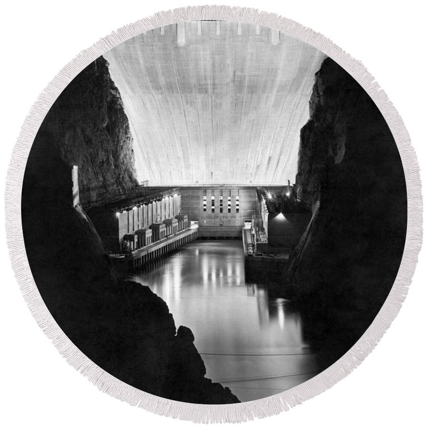 10th Anniversary Round Beach Towel featuring the photograph Boulder Dam by Underwood Archives