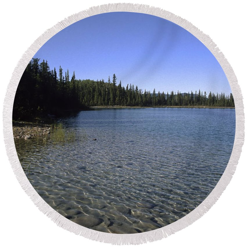 Americas Round Beach Towel featuring the photograph Boya Lake by Roderick Bley