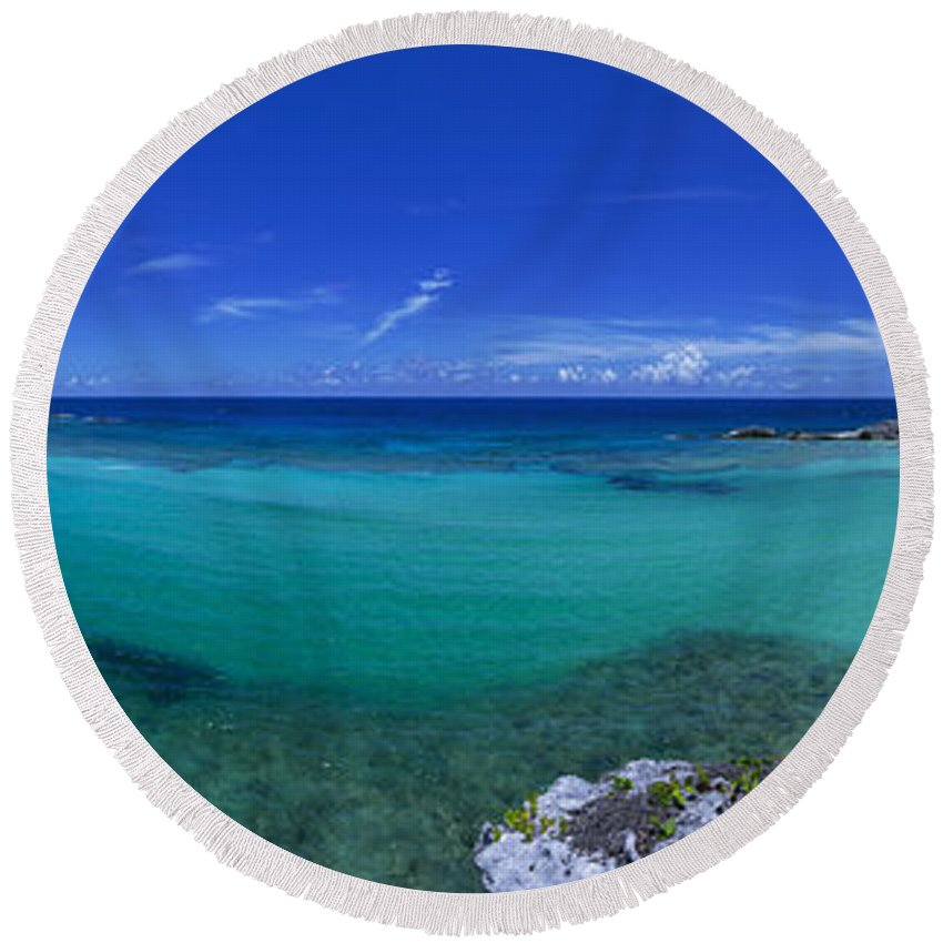 Beach Round Beach Towel featuring the photograph Breezy View by Chad Dutson