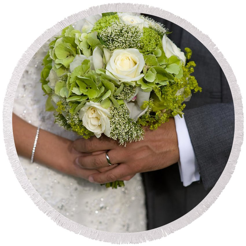 Wedding Round Beach Towel featuring the photograph Bride And Groom With Wedding Bouquet by Lee Avison