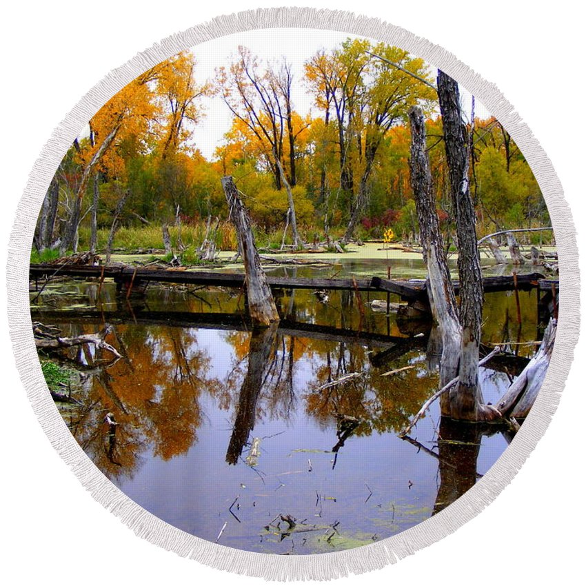 Landscape Round Beach Towel featuring the photograph Bridge Over The Pond by Mark Hudon