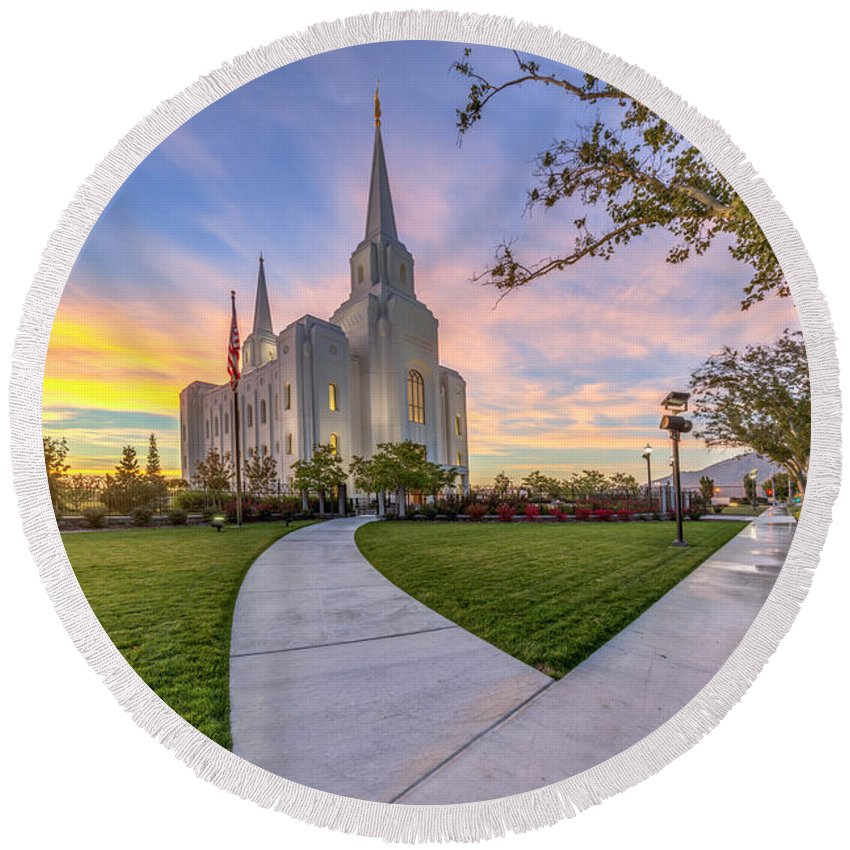 Utah Round Beach Towel featuring the photograph Brigham City Sunset by Dustin LeFevre
