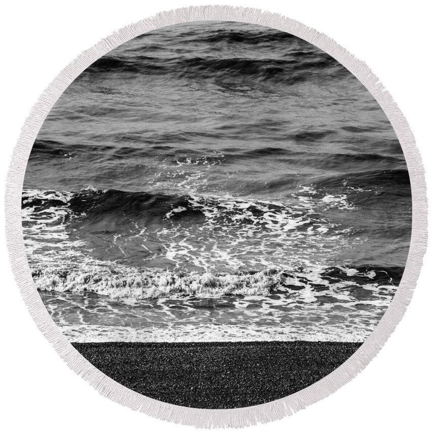 Sea Round Beach Towel featuring the photograph Brighton Beach by Dutourdumonde Photography