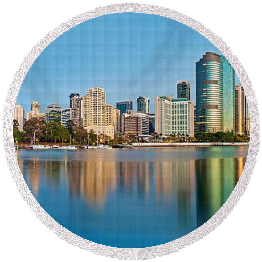Brisbane Round Beach Towel featuring the photograph Brisbane City Reflections by Az Jackson