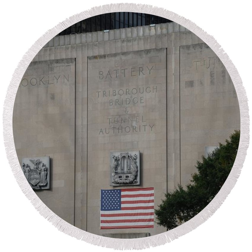 Brooklyn Round Beach Towel featuring the photograph Brooklyn Battery Tunnel by Rob Hans