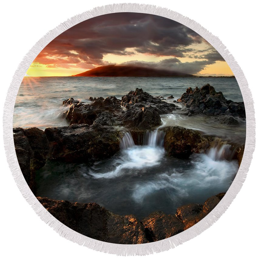 Sunset Round Beach Towel featuring the photograph Bubbling Cauldron by Mike Dawson