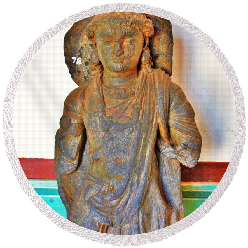 Buddha Round Beach Towel featuring the photograph Ancient Buddha Statue - Albert Hall - Jaipur India by Kim Bemis