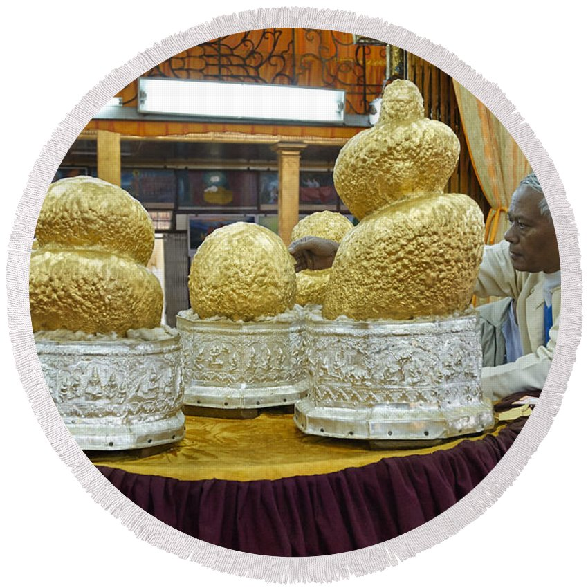 Intha Round Beach Towel featuring the photograph Buddha Figures With Thick Layer Of Gold Leaf In Phaung Daw U Pagoda Myanmar by Juergen Ritterbach