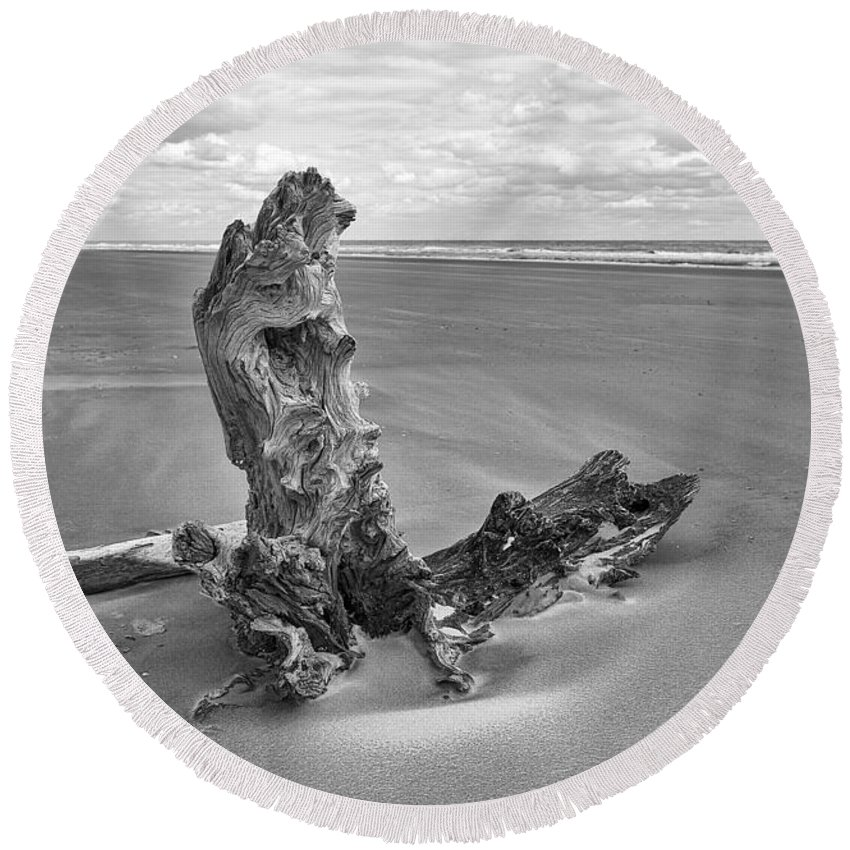 Landscape Round Beach Towel featuring the photograph Bull Island by Marcia Colelli