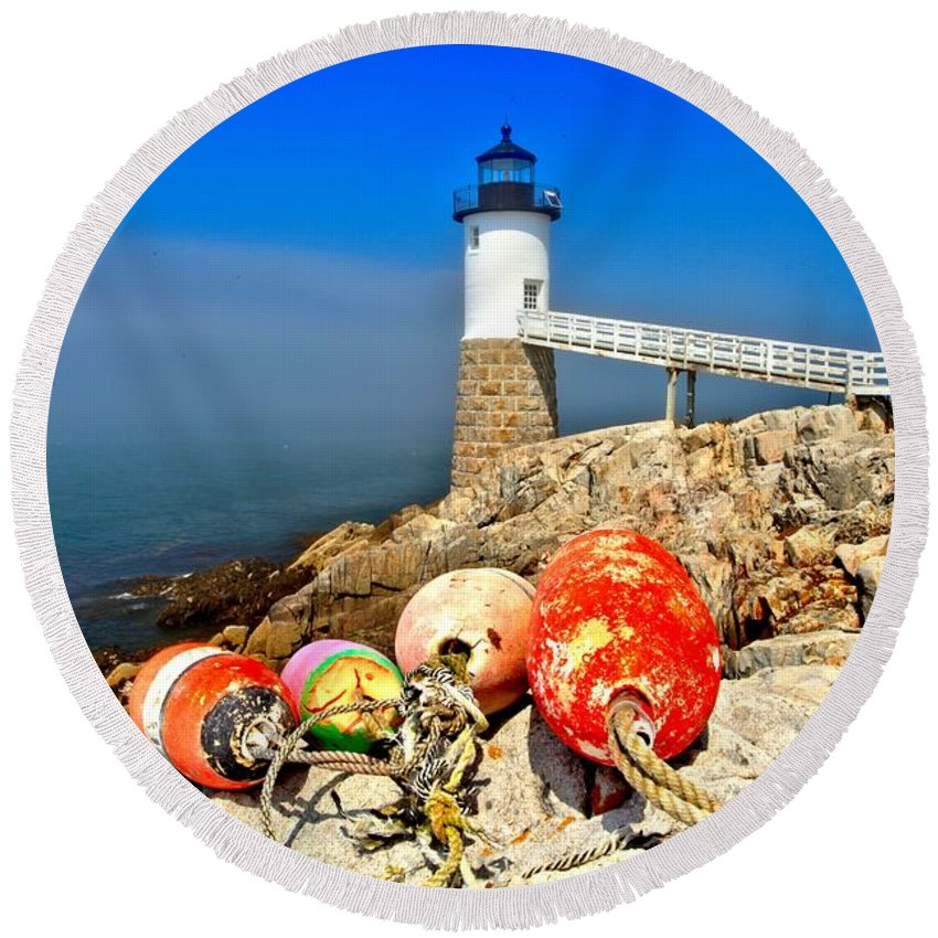 Robinson Point Lighthouse Round Beach Towel featuring the photograph Buoyed by Adam Jewell