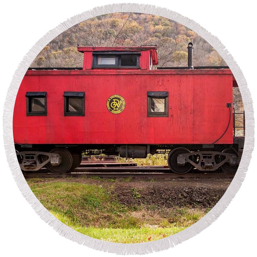 Pocahontas County Round Beach Towel featuring the photograph Caboose by Steve Harrington