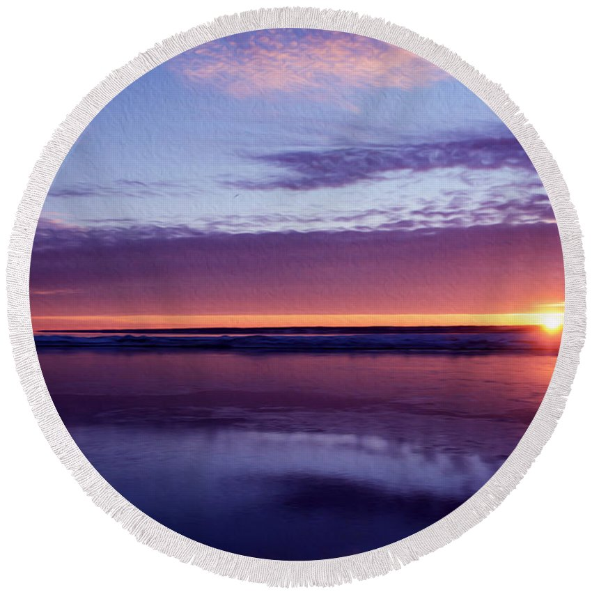 Blue And Red Sky Round Beach Towel featuring the photograph Calm by Tracy Winter