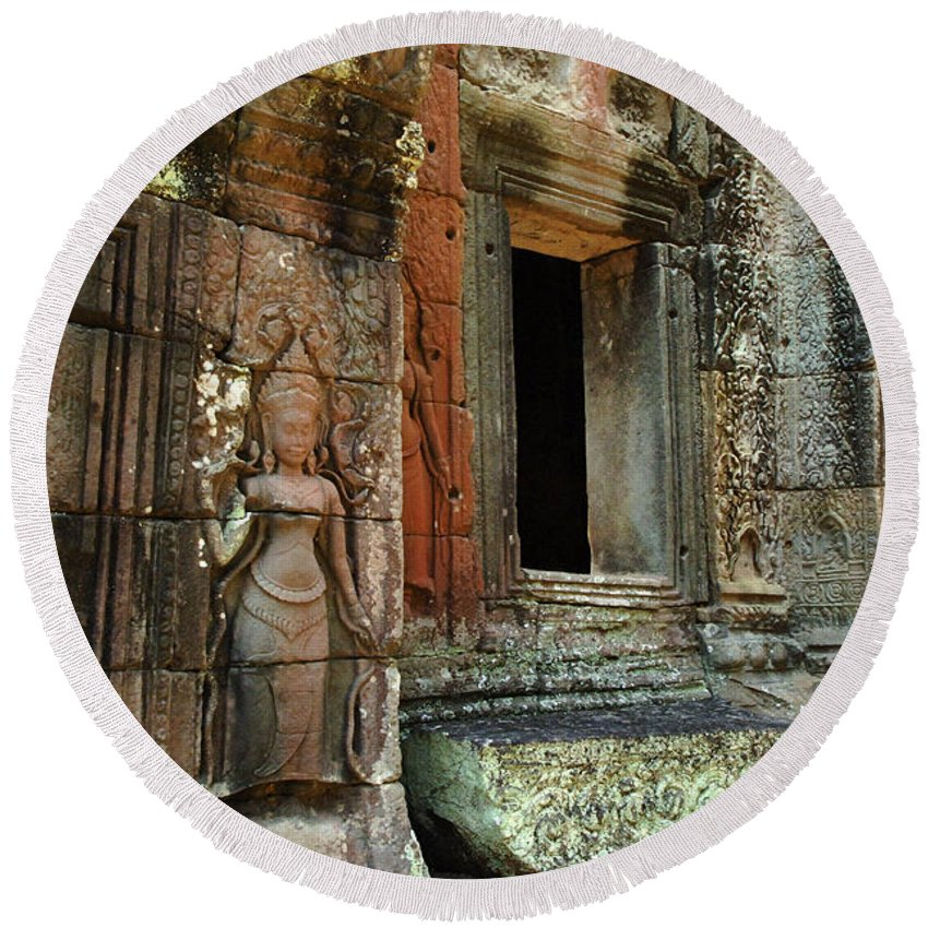 Travel Round Beach Towel featuring the photograph Cambodia Angkor Wat 2 by Bob Christopher