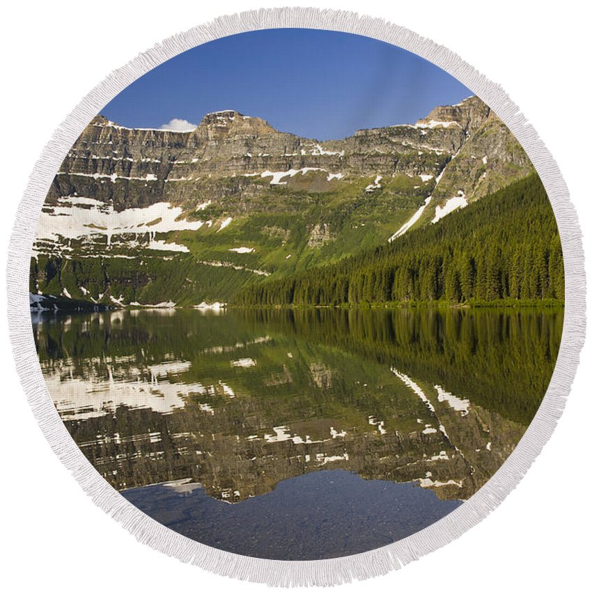 Landscape Round Beach Towel featuring the photograph Cameron Lake by Dee Cresswell