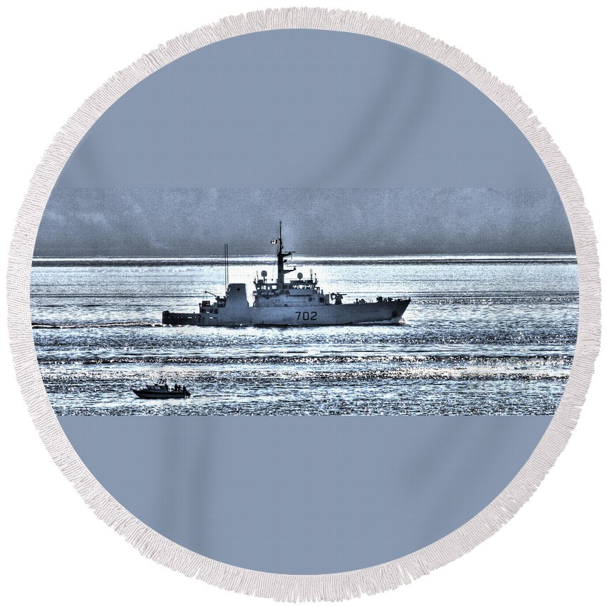 Canada Round Beach Towel featuring the photograph Canadian Navy Nanaimo M M702 by Tap On Photo