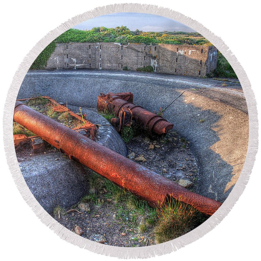 Cannon Round Beach Towel featuring the photograph Cannon Remains From Ww2 by Gill Billington