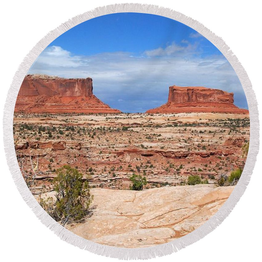 Canyonlands Round Beach Towel featuring the photograph Canyonlands Utah Landscape by Cascade Colors
