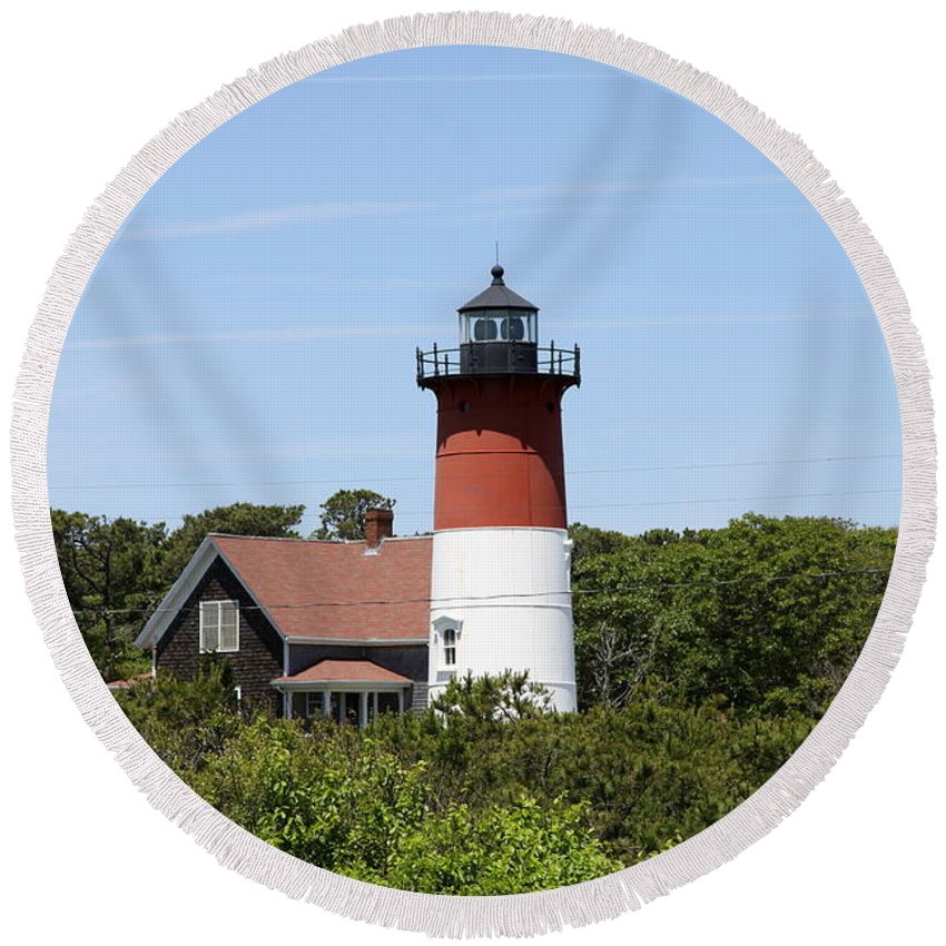 Nauset Lighthouse Round Beach Towel featuring the photograph Cape Cod - Nauset Lighthouse - Ma by Christiane Schulze Art And Photography