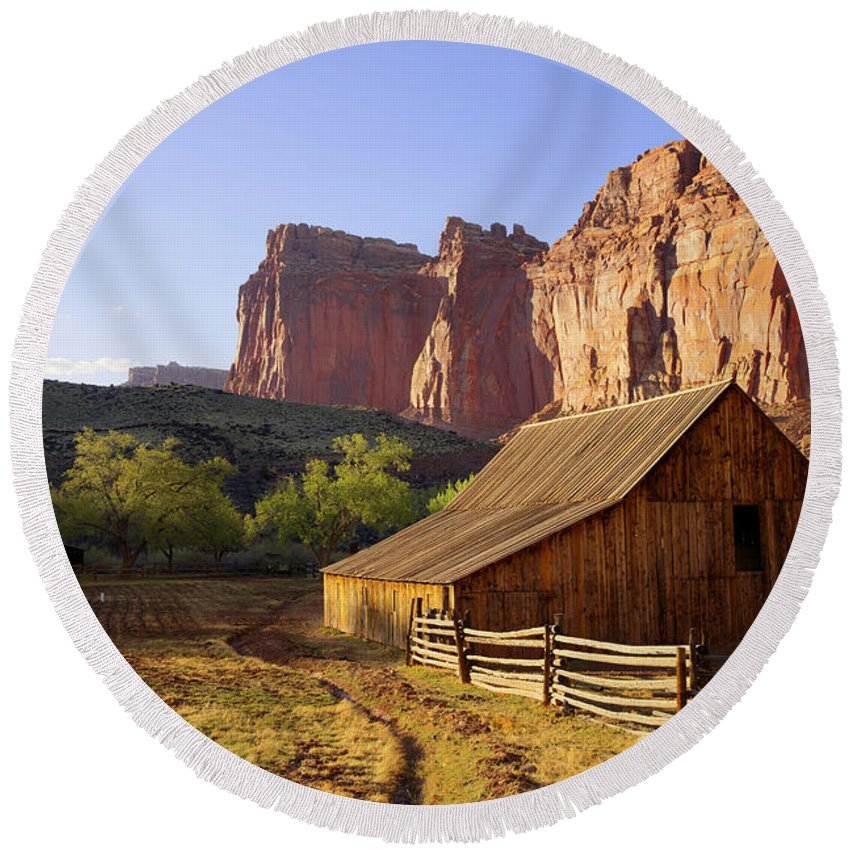Utah Round Beach Towel featuring the photograph Capitol Barn by Chad Dutson