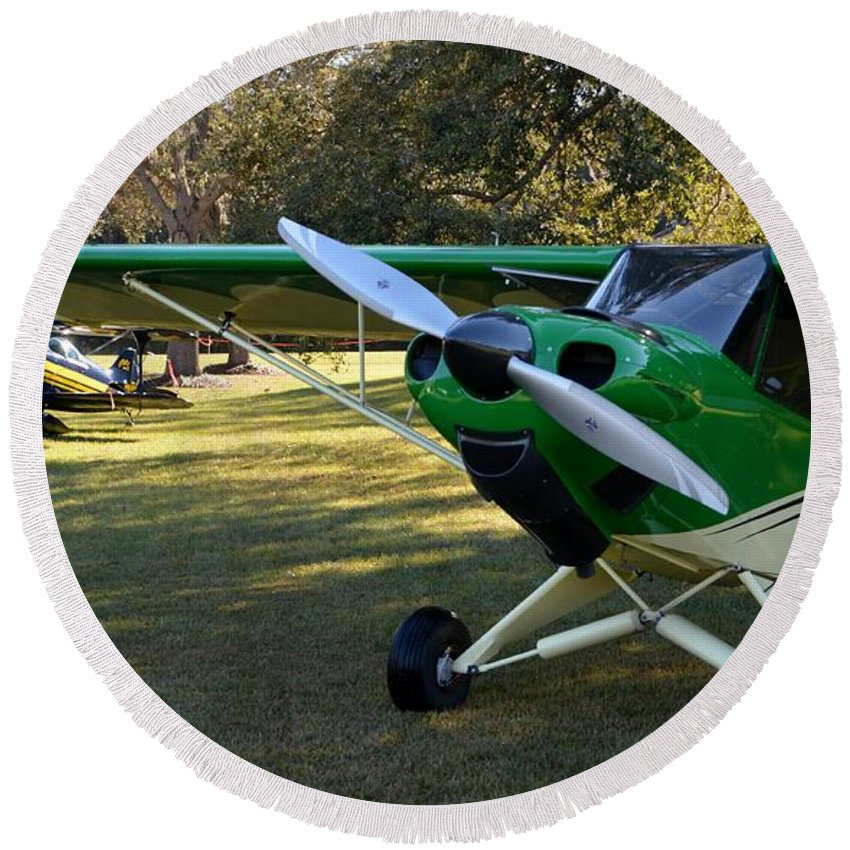 Carbon Cub And A Pitts Round Beach Towel