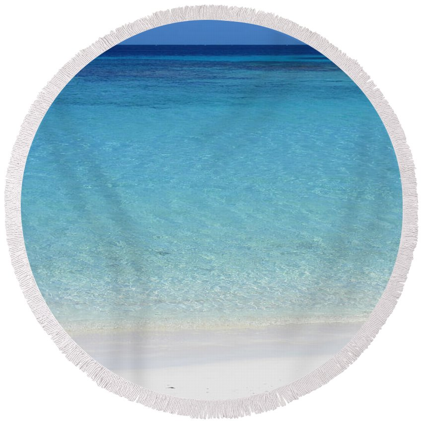 Roatan Round Beach Towel featuring the photograph Caribbean Blues by Peggy Hughes