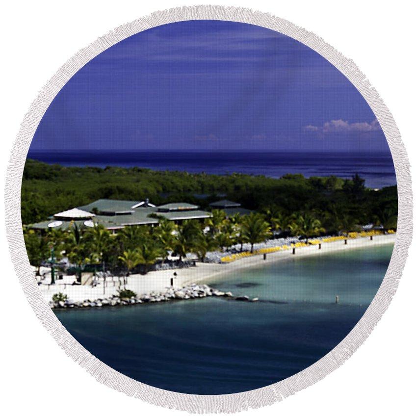 Caribbean Round Beach Towel featuring the photograph Caribbean Breeze Ten by Ken Frischkorn