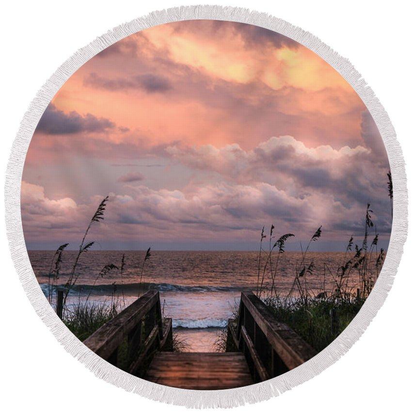 Beaches Round Beach Towel featuring the photograph Carolina Dreams by Karen Wiles