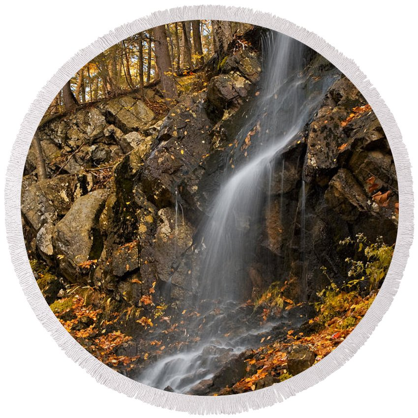 Waterfall Round Beach Towel featuring the photograph Cascade by Susan Candelario