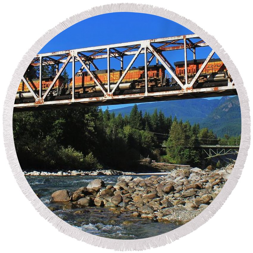 Washington Round Beach Towel featuring the photograph Cascades Rail Bridge by Benjamin Yeager
