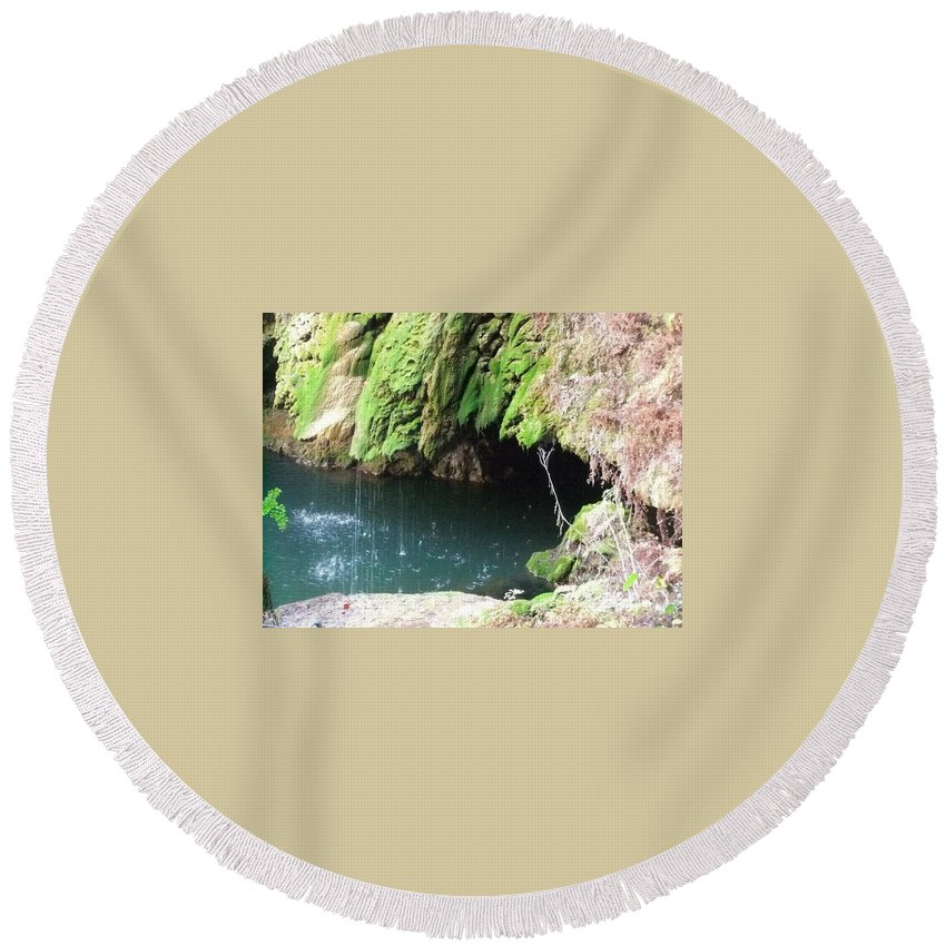 West Cave Round Beach Towel featuring the photograph Cave Kisses by Lisa Schulz Quimby