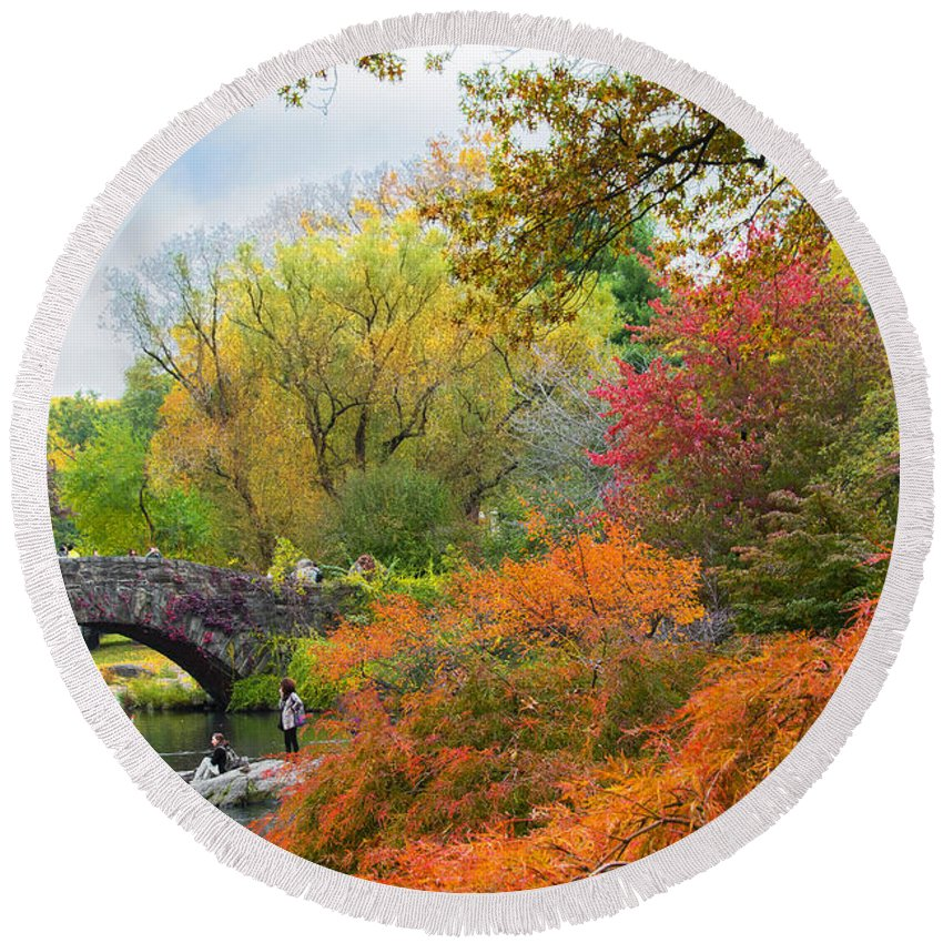 Nyc Central Park Autumn Round Beach Towel featuring the photograph Central Park Gapstow Bridge Autumn IIi by Regina Geoghan