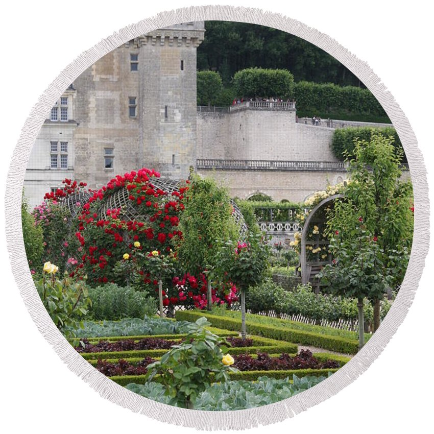 Palace Round Beach Towel featuring the photograph Chateau Villandry And The Cabbage Garden by Christiane Schulze Art And Photography