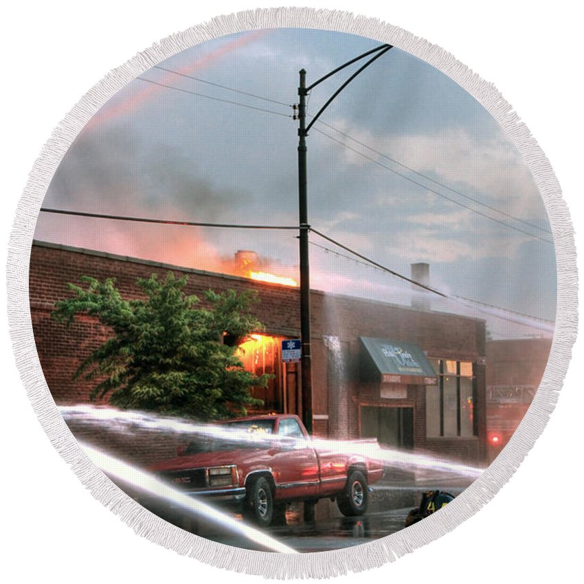 Canon Round Beach Towel featuring the photograph Chicago Firemen At Work by Steven K Sembach
