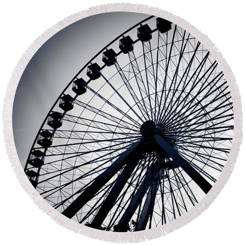 Navy Pier Round Beach Towel featuring the photograph Chicago Navy Pier Ferris Wheel by Anthony Doudt