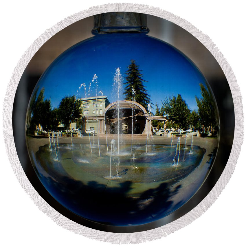Fountain Round Beach Towel featuring the photograph Chico City Plaza by Robert Woodward