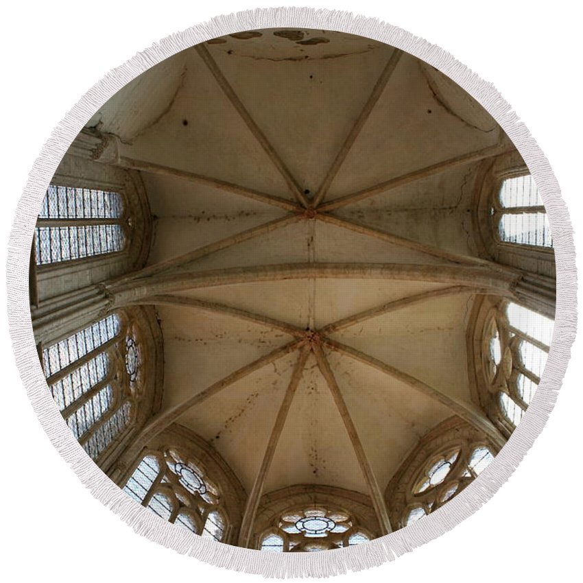 Choir Vault Round Beach Towel featuring the photograph Choir Vault St Thibault by Christiane Schulze Art And Photography