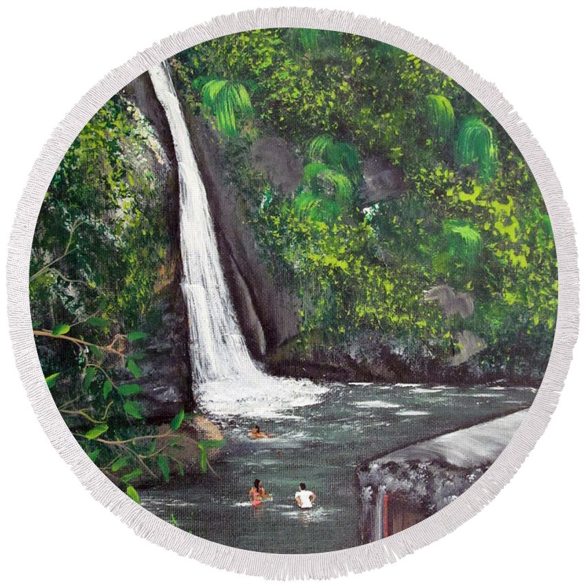 Waterfall Round Beach Towel featuring the painting Chorro De Dona Juana by Gloria E Barreto-Rodriguez