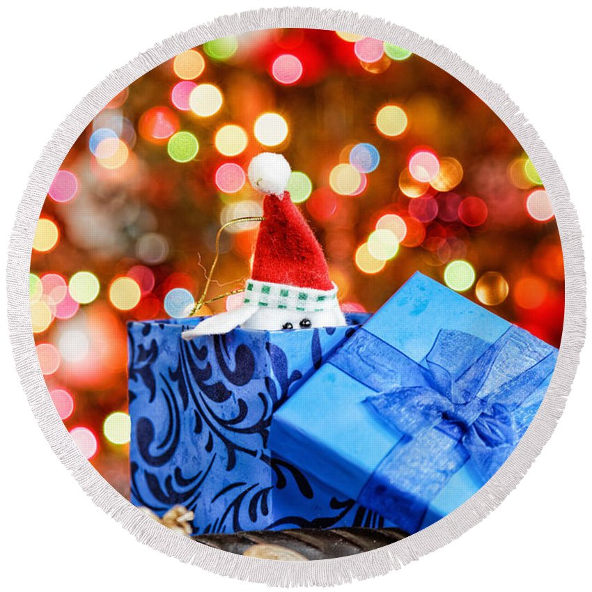 Background Round Beach Towel featuring the photograph Christmas Dog In Box by Peter Lakomy