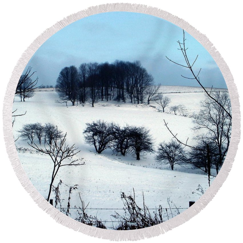 New York Round Beach Towel featuring the photograph Christmas In The Hills by Christian Mattison